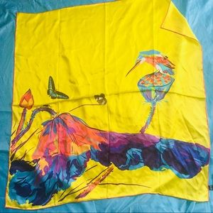 Accessories - 100% large silk yellow hummingbird scarf 36x36